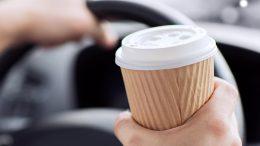 café en main au violant