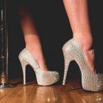 COVID-19: les bars de danseuses pourraient réouvrir