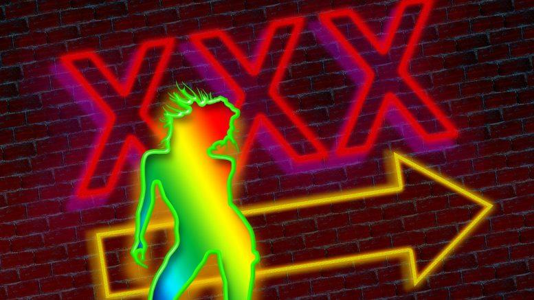 Distanciation sociale dans les films XXX